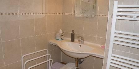 Chambres d'hôtes d'Hostun Salle de bain des Chambres d'Hostun, dans la Drôme des Collines