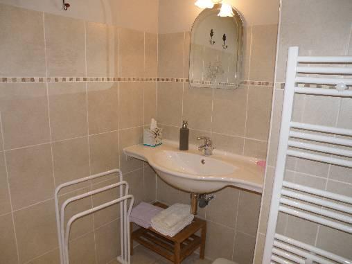salle de bain des Chambres d'Hostun, dans la Drôme des Collines