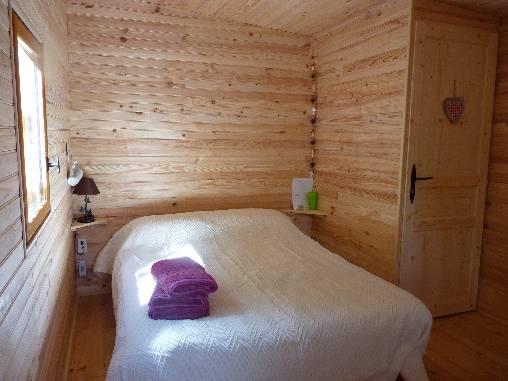 Chambre d 39 hote cabanes d 39 h tes sous les arbres les cabistous chambre d 39 hote ardeche 07 rh ne - Chambre hote dans les arbres ...