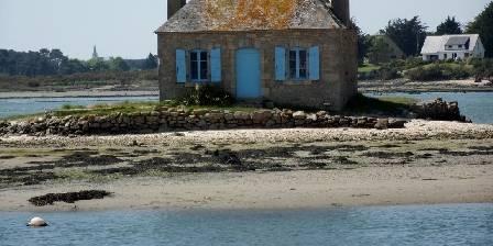 La Maison Bleue La petite maison bleu de St Cado