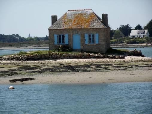 la petite maison bleu de St Cado