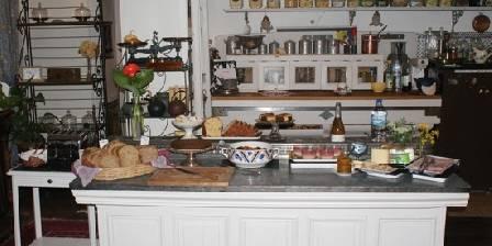 La Roseraie Buffet petit déjeuner