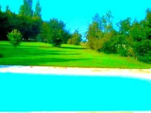 Chambre d'hote Yonne - vue de la piscine
