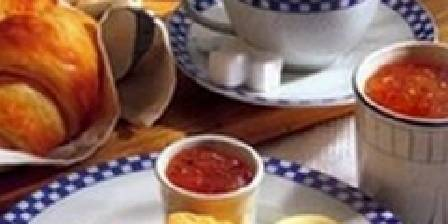 Les Salzards Petit déjeuner copieux