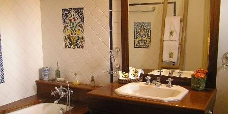 Mas Bardouine Salle de bains de l'Indolente