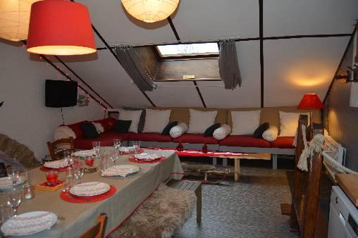gite Loup salon/cuisine
