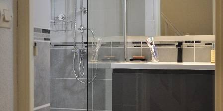 Lavandou La salle de bains