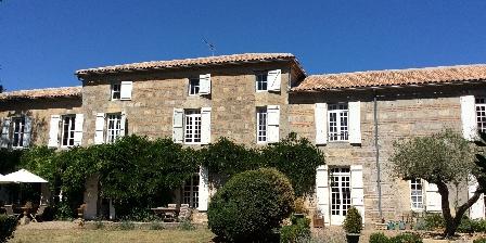 Chambre d'hotes Le Manoir en Agenais > lot et garonne location chambres d hotes  près d'Agen piscine