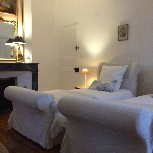chambre d'hôtes 2 lits séparés au Manoir de Puch d'agenais