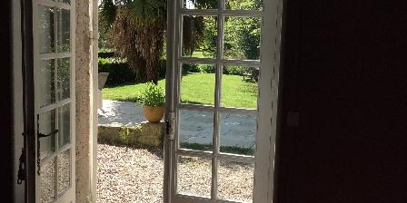 Chambre d'hotes Le Manoir en Agenais > b&b Manoir près d'Agen chambre avec vue