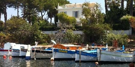 Bastide Valmasque  le romantique port de l'olivette cap d'Antibes