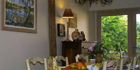 Domaine de Bourgville Petit Déjeuner dans la salon