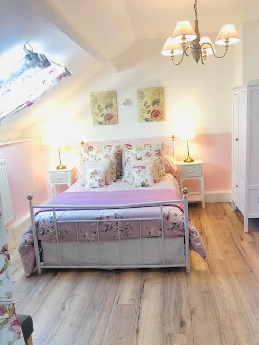 Chambre d'hote Aisne - chambre rose La Besace Chambres d'hôte BnB