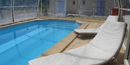Les Galines La piscine couverte