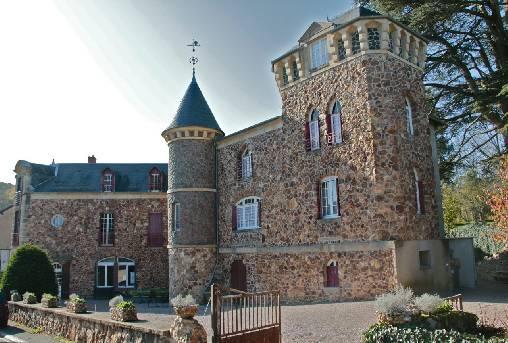 Le Castel des Cèdres à l'avant