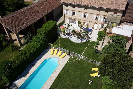 Gastezimmer Haute-Garonne, ab 90 €/Nuit. Haus mit Charakter, Bondigoux (31340 Haute-Garonne), Charme, Luxus, Schwimmbad, Sauna, Whirlpool, Garten, Internet, WiFi, Ausstattung Baby, 3 schlafzimmer double(s), 1 suite(n), 1 s...