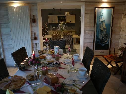 Chambre d'hote Morbihan - Petit-déjeuner dans la véranda