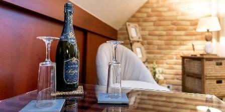 Le Clos de Kerhouil Champagne dans la chambre