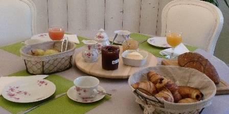La Savignyenne Petit-déjeuner varié, sucré et/ou salé