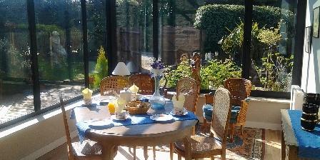 Gite La Pastourelle > veranda ouverte sur jardin