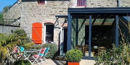 Gite La Pastourelle > maison en pierre