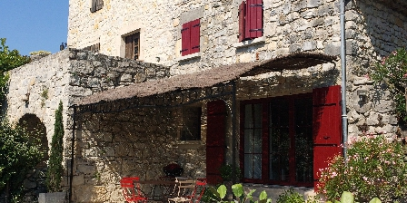 La Bastide du Vigneron The terrace and transats
