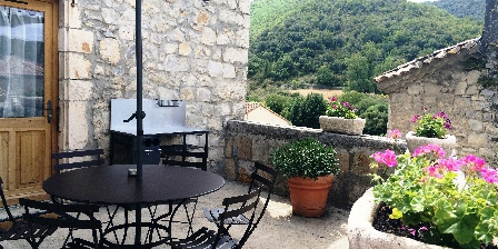 La Bastide du Vigneron Terrasse Gîte VIOGNIER