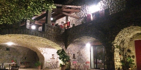 La Bastide Du Vigneron La bastide du Vigneron de nuit