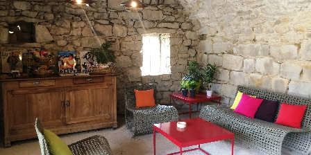 La Bastide Du Vigneron Le coin salon extérieur commun