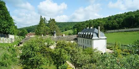 Abbaye du Val des Choues La seconde cour