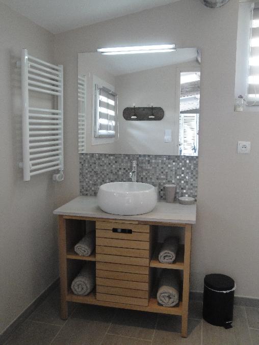 Chambre d'hote Alpes de Haute Provence - salle de bains Côté Cour