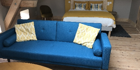 Les Fermes du Château - Gîte l'Atelier du Peintre Chambre étage