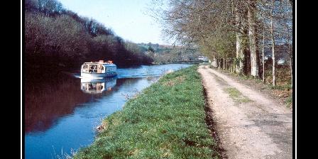 Le P'tit Hortensia Canal de Nantes à Brest