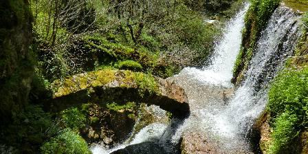 Chalet Le Sapin Cascade du Moulin du Saut