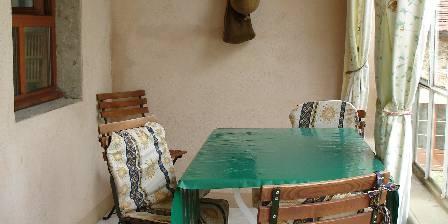 Gite Ancienne Maison Lagrange > La Veranda