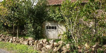 Ancienne Maison Lagrange En route vers la chapelle