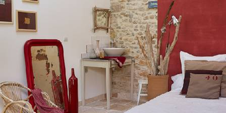Bed and breakfast Au Coin des Figuiers > Room 3