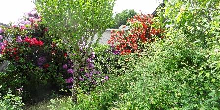 Les Fromentaux Le jardin