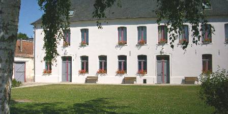 Gite Le Prieure > Le Prieuré grand bâtiment