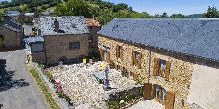 Chambres d'hôtes Entre Dolmens et Fontaines à Buzeins