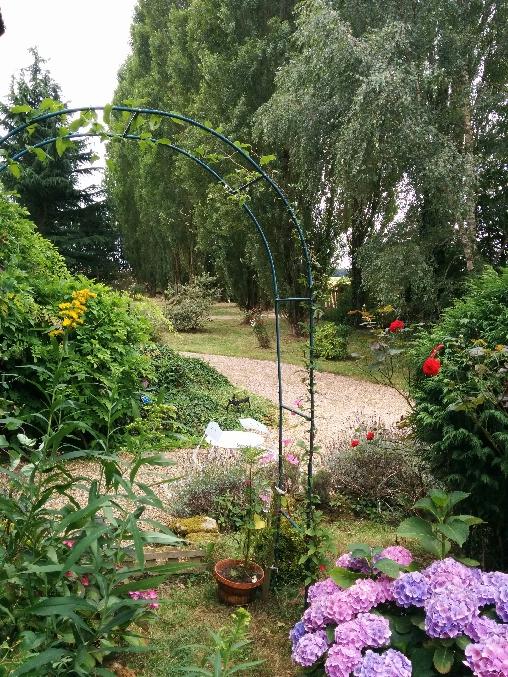 jardin côté gite