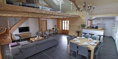 La Belle Etoile La Belle Etoile : Salle à manger, cuisine et salon