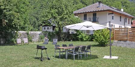 L'Arclosan L'Arclosan : Jardin avec barbecue et transat