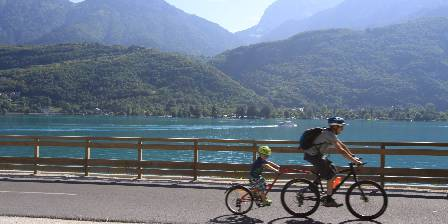 Côté Montagnes Entre Lac et Montagnes : La voie verte