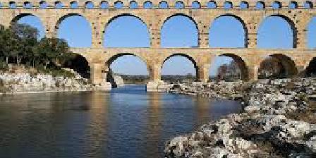 Mas des Petits Loups Pont du Gard