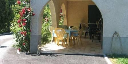 Gîte Syrah Vogüé Ardèche Terrasse