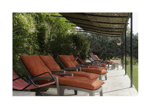 Chambre d'hote Alpes de Haute Provence - terrasse piscine