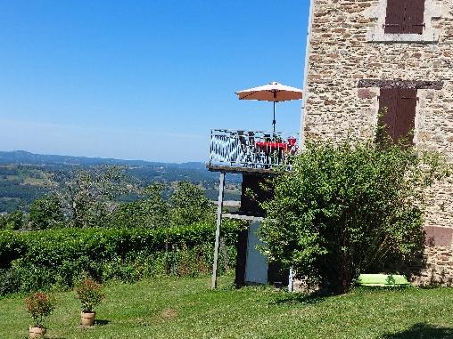 gite la chartroulle vue de la terrasse