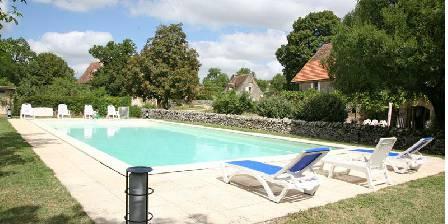 Gite Domaine de Montanty > piscine du Domaine de Montanty