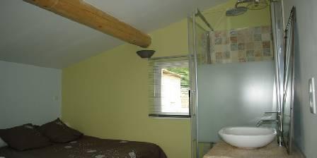 La Lézardière Room & bathroom